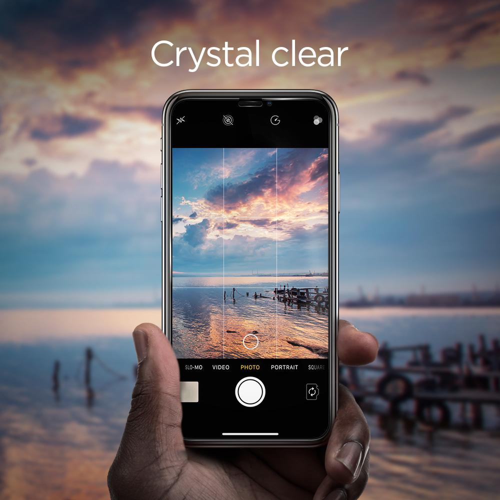 iPhone XR/11 Full Cover Screen Protector GLAS.tR SLIM HD